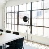 stojaci-lampa-taboo-cerna-okno-zidle-kancelar-industrial