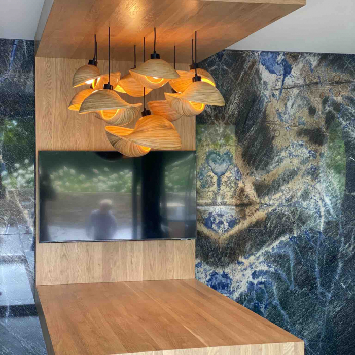 bambusovy-lustr-kamen