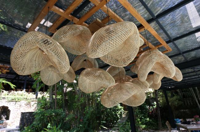 rattan-chandelier-profile-one